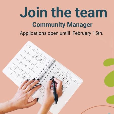 volunteer community manager